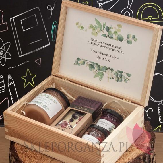 Zestawy z naturalnymi słodyczami dla Nauczycieli Zestaw malina - jagoda 2 w szkatułce - NATURA - personalizacja Dzień Nauczyc...