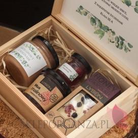 Zestawy z naturalnymi słodyczami dla Nauczycieli Zestaw malina 4 w szkatułce - NATURA - personalizacja Dzień Nauczyciela