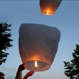 Latające lampiony życzeń-białe HURT- 100szt