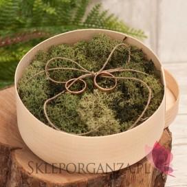 Rustykalny Drewniane okrągłe pudełko na obrączki mech