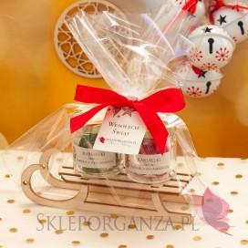 Świąteczny zestaw karmelków na sankach średni – personalizacja