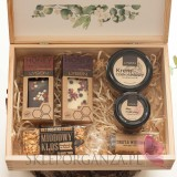 Zestawy z naturalnymi słodyczami dla Nauczycieli Zestaw upominkowy ekskluzywny słodkości w szkatułce – NATURA -personalizacja...