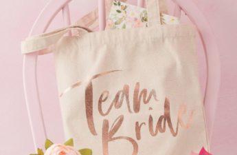 torba na wieczór panieński, torba materiałowa team bride, wieczór panieński, wieczór panieński kolekcja team bride, dekoracje na wieczór panieńki, akcesoria na wieczór panieński