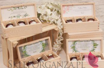 personalizowane szkatułki, personalizowane skrzynki, personalizowane podziękowania dla rodziców, personalizowane podziekowania dla dziadków, skrzynki z miodami smakowymi, personalizowane skrzynki z miodami, mini miodziki, personalizowane miody